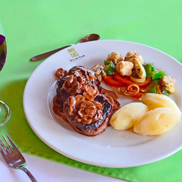 hotel-en-barranquilla-restaurante